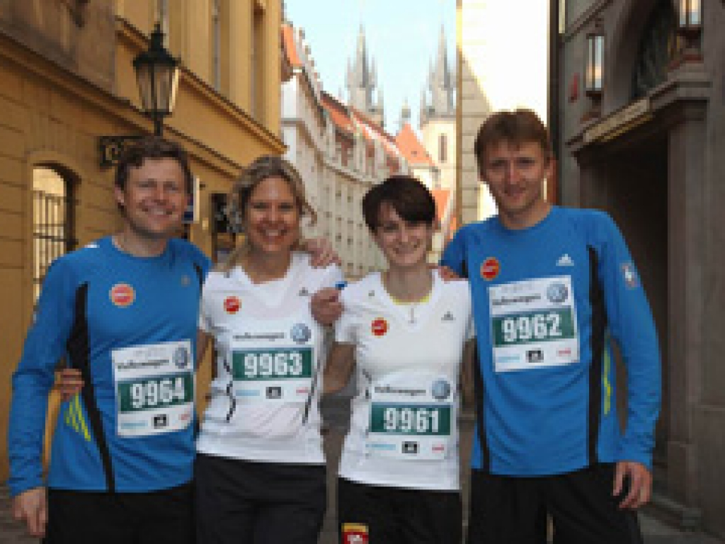 The Association for Sport and Fair Play relay at the Volkswagen Marathon with Martina Sáblíková, speed-skating Olympic games champion (2010)